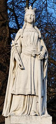 Mathilda Statue